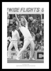 Ian Botham Memorabilia - Highest Wicket Taker England Cricket Photo