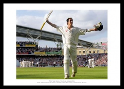 Kevin Pietersen Menorabilia - 2005 Ashes Oval Test Match Photo