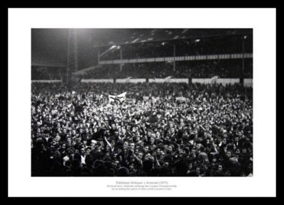 Arsenal 1971 League Title Fans Celebrate at White Hart Lane Photo Memorabilia