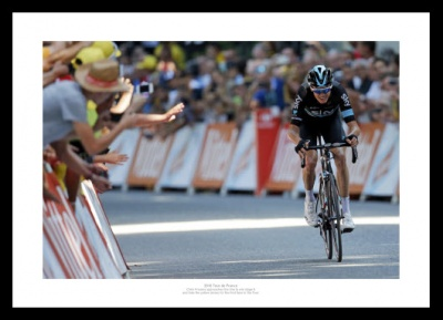 2016 Tour de France Chris Froome Claims Yellow Jersey Photo Memorabilia