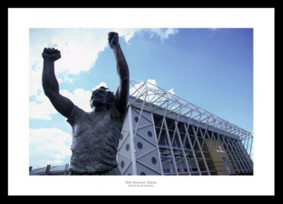 The Billy Bremner Statue Elland Road Leeds United Photo Memorabilia