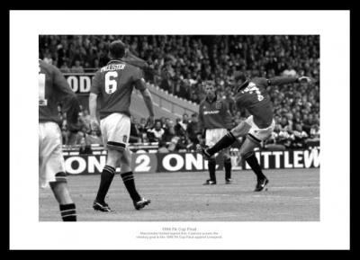 Manchester United 1996 FA Cup Final Eric Cantona Photo Memorabilia