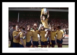 Arsenal 1971 FA Cup Final Team Celebrations Photo Memorabilia