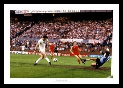 Aston Villa 1982 European Cup Final Peter Withe Goal Photo Memorabilia