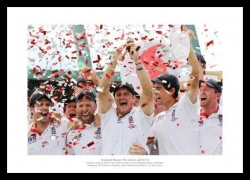 England Team 2011 Ashes Victory Celebrations Photo Memorabilia