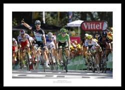 Mark Cavendish 2015 Tour de France Win Photo Memorabilia