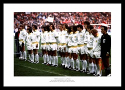 Leeds 1975 European Cup Final Team Photo Memorabilia