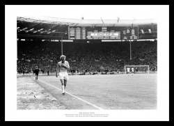 Billy Bremner Leeds United Wembley 1974 Photo Memorabilia