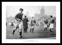 Manchester United Duncan Edwards First Game Photo Memorabilia