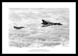 Vulcan Bomber Last Flight 1984 Aviation Photo