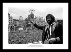 Aston Villa 1981 League Champions Street Celebrations Photo Memorabilia