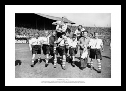 Charlton Athletic 1947 FA Cup Final Team Photo Memorabilia
