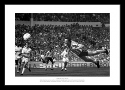 Coventry City Keith Houchen 1987 FA Cup Final Photo Memorabilia