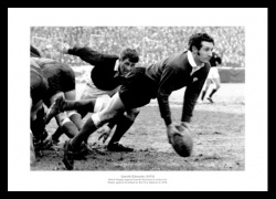 Gareth Edwards 1970 Five Nations Wales Rugby Photo Memorabilia