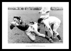 JPR Williams 1970 Five Nations Wales Rugby Photo Memorabilia