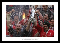 Wales 2005 Grand Slam Team Celebrations Photo Memorabilia